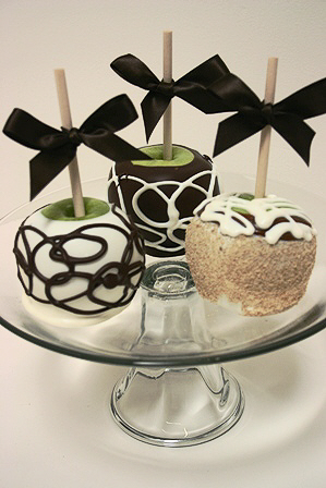 Petite Caramel Apple Trio - Chocolate